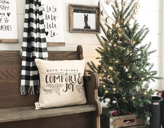 Farmhouse Christmas Decor 26 1 - 31 Farmhouse Christmas Decor Ideas