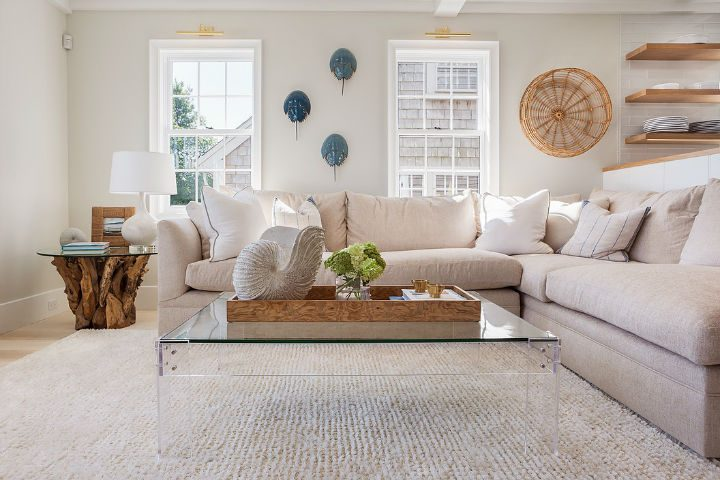 1553969422 665 new england glamour with mediterranean flair - New England Glamour With Mediterranean Flair