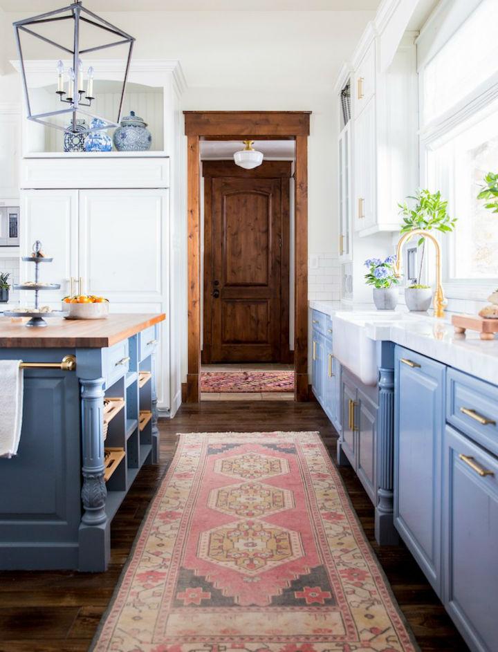Clean and Elegant Kitchen Design 16