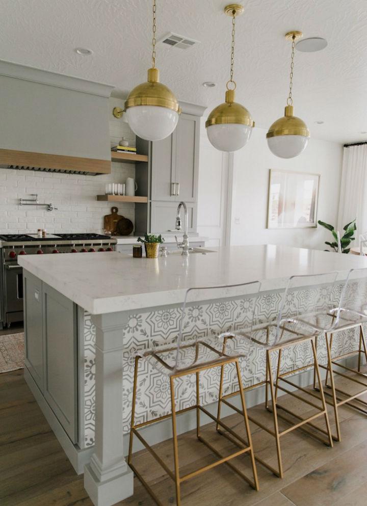 Clean and Elegant Kitchen Design 13