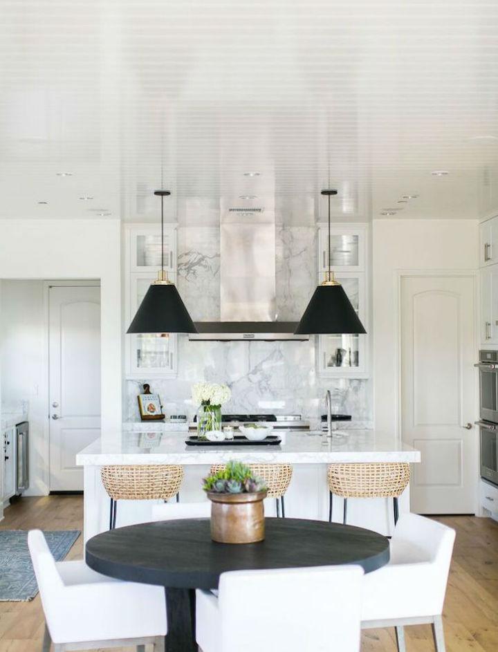 Clean and Elegant Kitchen Design 11