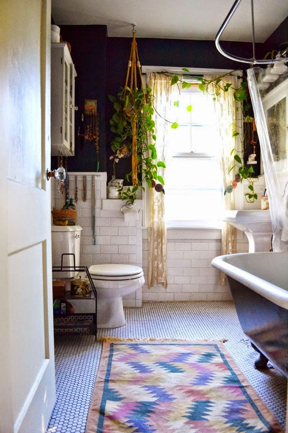 1553973207 588 20 bohemian bathroom ideas - 20 Bohemian Bathroom Ideas