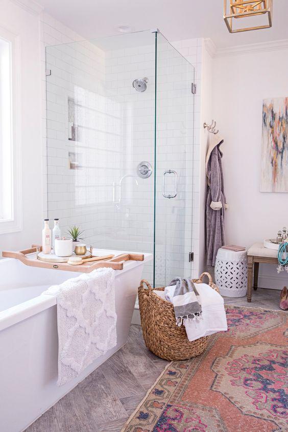 1553973208 46 20 bohemian bathroom ideas - 20 Bohemian Bathroom Ideas