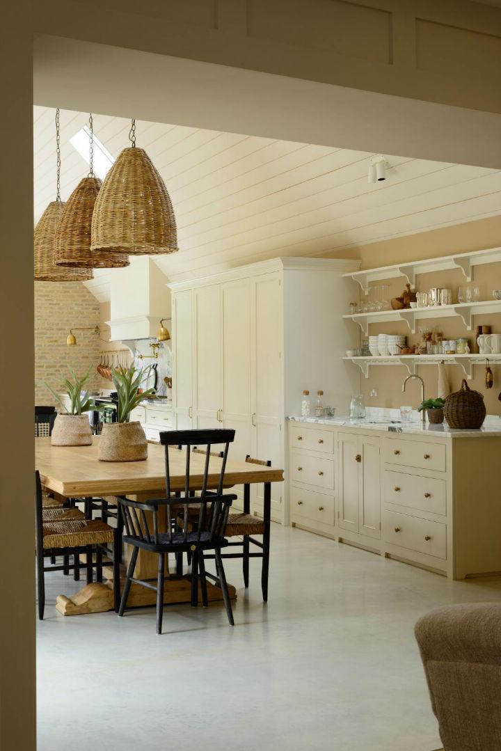 Classic English Kitchen Designs 8