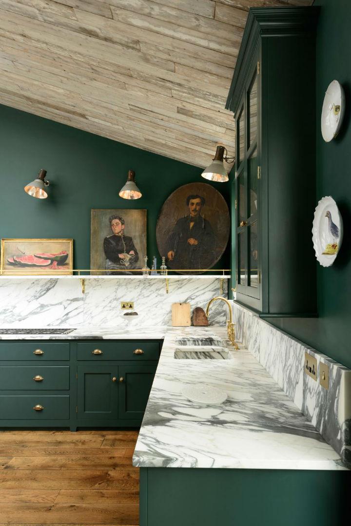 Classic English Kitchen Designs 14
