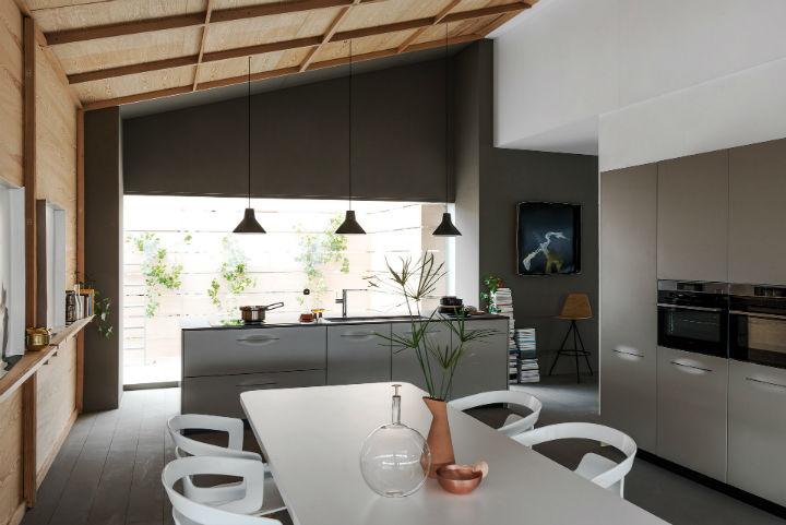 1553974309 80 stylish italian kitchen designs - Stylish Italian Kitchen Designs