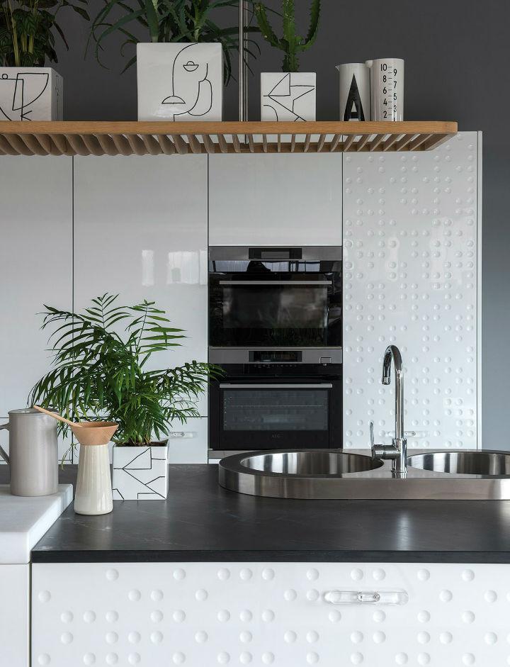 1553974310 286 stylish italian kitchen designs - Stylish Italian Kitchen Designs