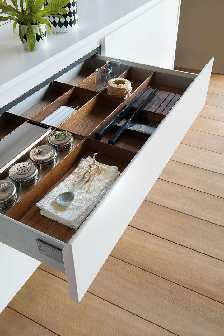 1553974310 382 stylish italian kitchen designs - Stylish Italian Kitchen Designs