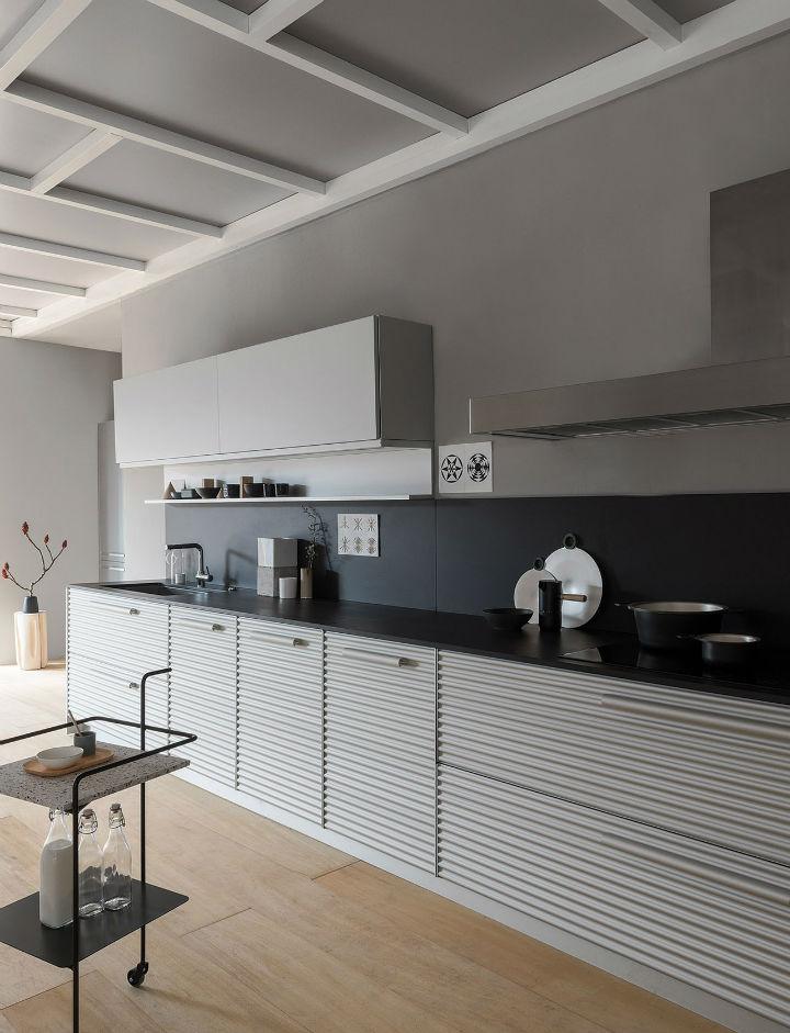 1553974310 739 stylish italian kitchen designs - Stylish Italian Kitchen Designs