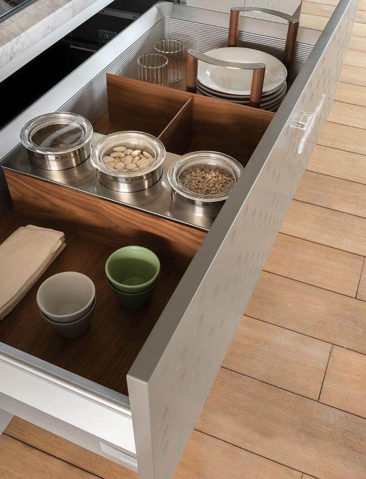 1553974311 198 stylish italian kitchen designs - Stylish Italian Kitchen Designs