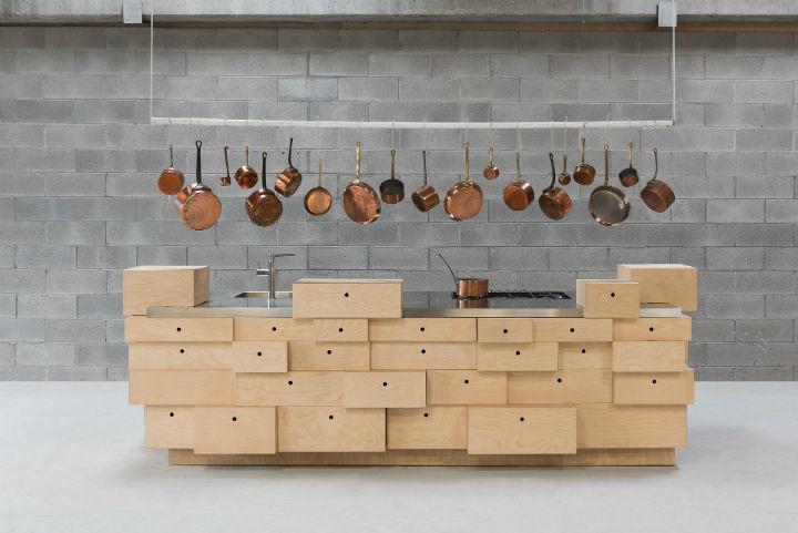 1553974311 202 stylish italian kitchen designs - Stylish Italian Kitchen Designs