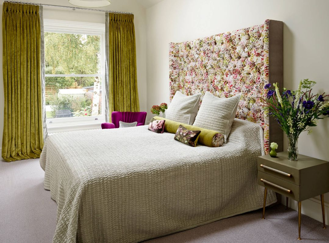 1556710909 518 make your windows the star of the room with these bedroom curtain ideas - Make your Windows the Star of the Room With These Bedroom Curtain Ideas