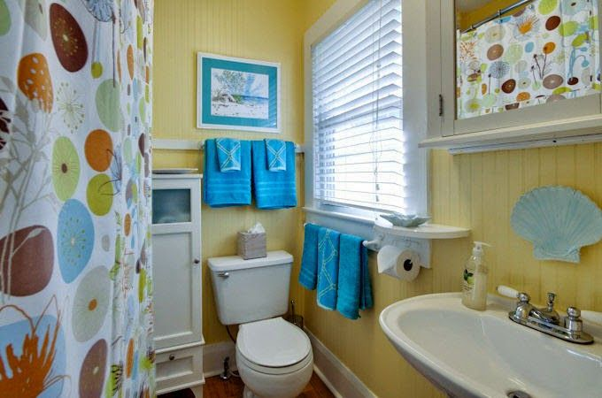 1556720323 276 how to get the beach bathroom vibe using simple design details - How To Get The Beach Bathroom Vibe Using Simple Design Details