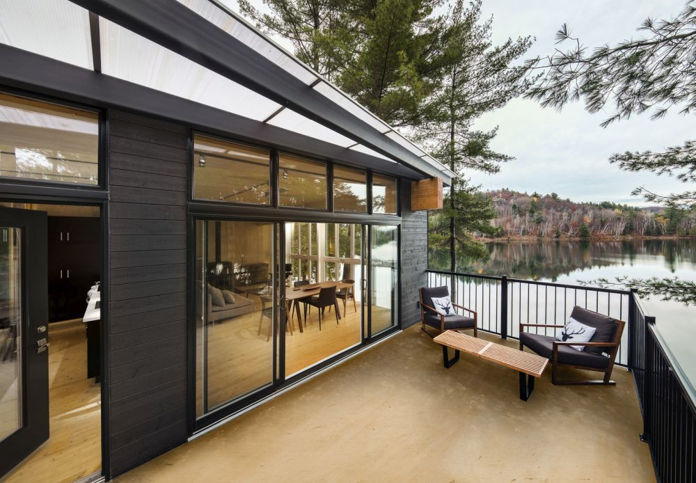 1556785096 263 houses with black cladding that are in harmony with their surroundings - Houses With Black Cladding That Are in Harmony With their Surroundings