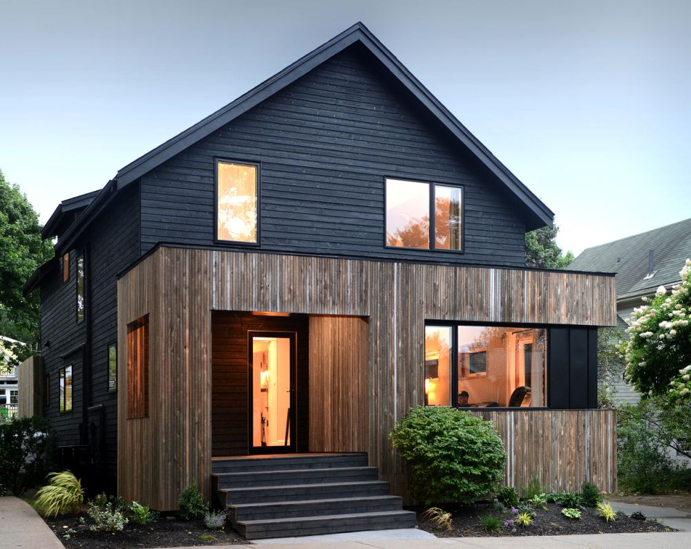 1556785098 698 houses with black cladding that are in harmony with their surroundings - Houses With Black Cladding That Are in Harmony With their Surroundings