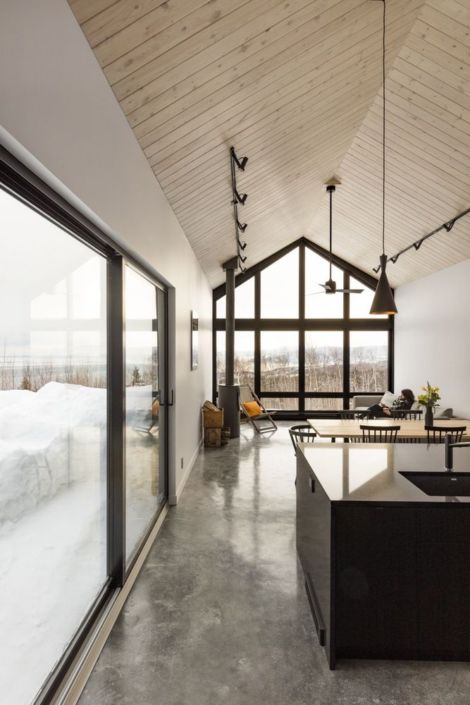 1556785098 756 houses with black cladding that are in harmony with their surroundings - Houses With Black Cladding That Are in Harmony With their Surroundings