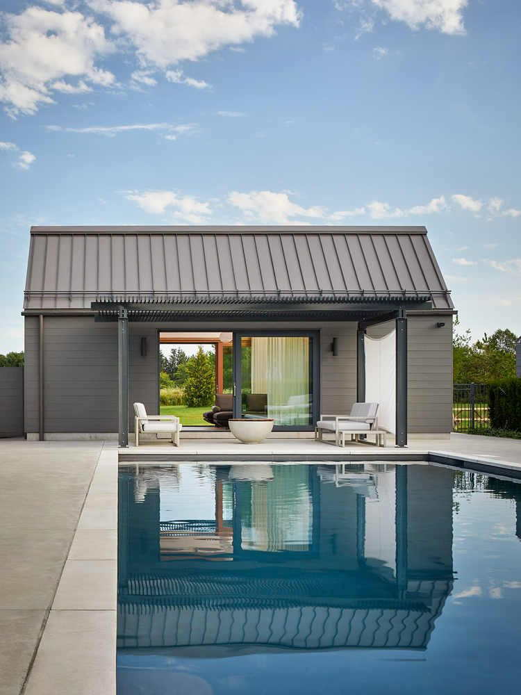 1556785099 208 houses with black cladding that are in harmony with their surroundings - Houses With Black Cladding That Are in Harmony With their Surroundings
