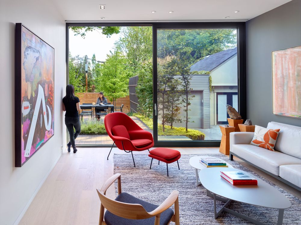 1557475923 607 modern house brings the countryside charm into the city - Modern House Brings The Countryside Charm Into The City