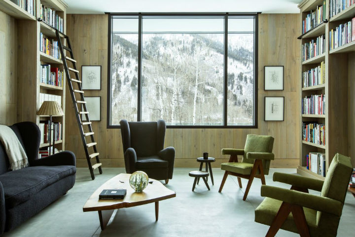 Between Contemporary and Classical Interior 13