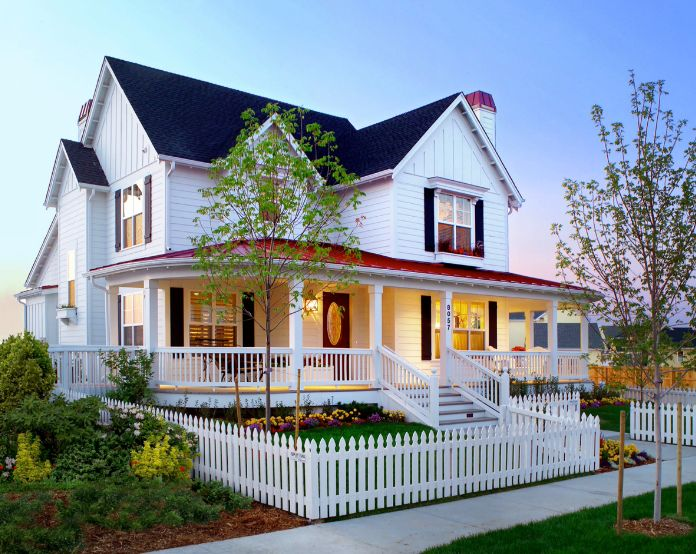 1558429821 108 beyond the white picket fence designs and styles to consider - Beyond The White Picket Fence – Designs And Styles To Consider
