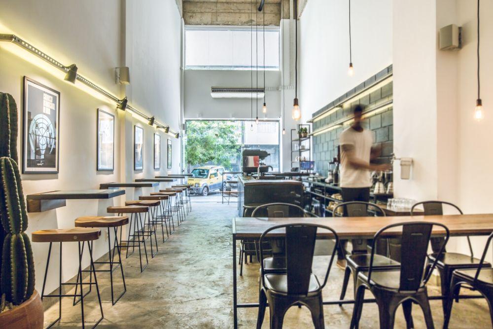 1558620841 99 eye catching coffee shop design ideas that draw people in - Eye-Catching Coffee Shop Design Ideas That Draw People In