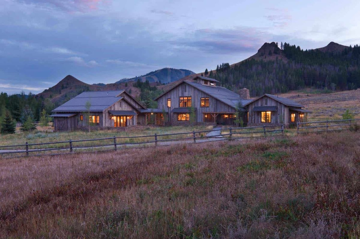 1558684145 663 old barn converted into a rustic family retreat with authentic charm - Old Barn Converted Into A Rustic Family Retreat With Authentic Charm