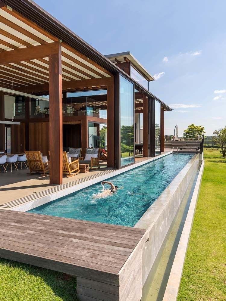 1558698438 9 create a beautiful backyard that makes relaxing stylish and comfortable - Create a Beautiful Backyard That Makes Relaxing Stylish and Comfortable