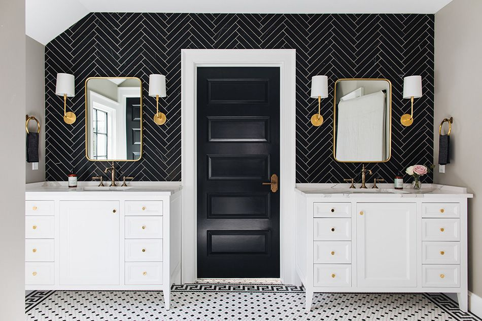 1558953966 283 black and white bathroom designs that show simple can also be interesting - Black and White Bathroom Designs That Show Simple Can Also Be Interesting