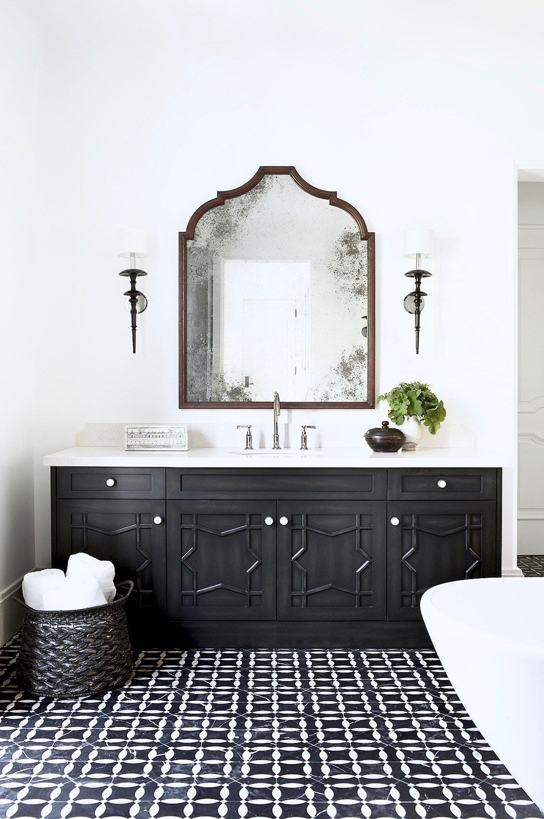 1558953967 131 black and white bathroom designs that show simple can also be interesting - Black and White Bathroom Designs That Show Simple Can Also Be Interesting