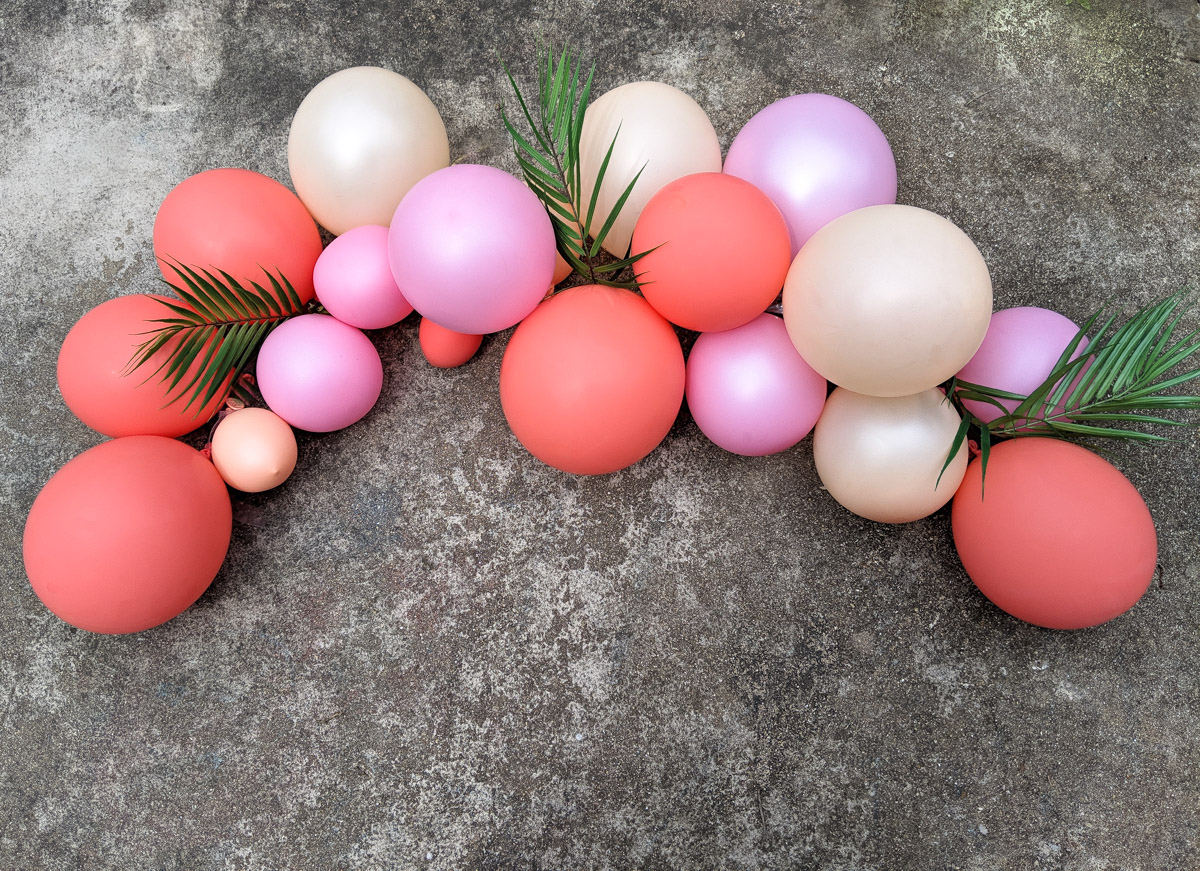 how to create a festive balloon arch - How to Create a Festive Balloon Arch