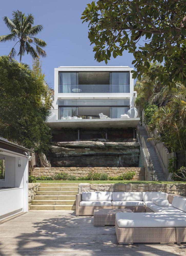 unique house in sydney resembles a huge undulating sculpture - Unique House In Sydney Resembles A Huge Undulating Sculpture