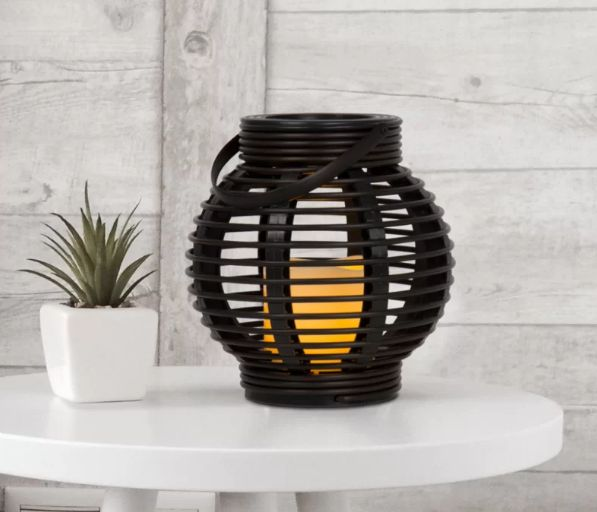 15 beautiful outdoor lanterns to brighten up your evenings - 15 Beautiful Outdoor Lanterns To Brighten Up Your Evenings