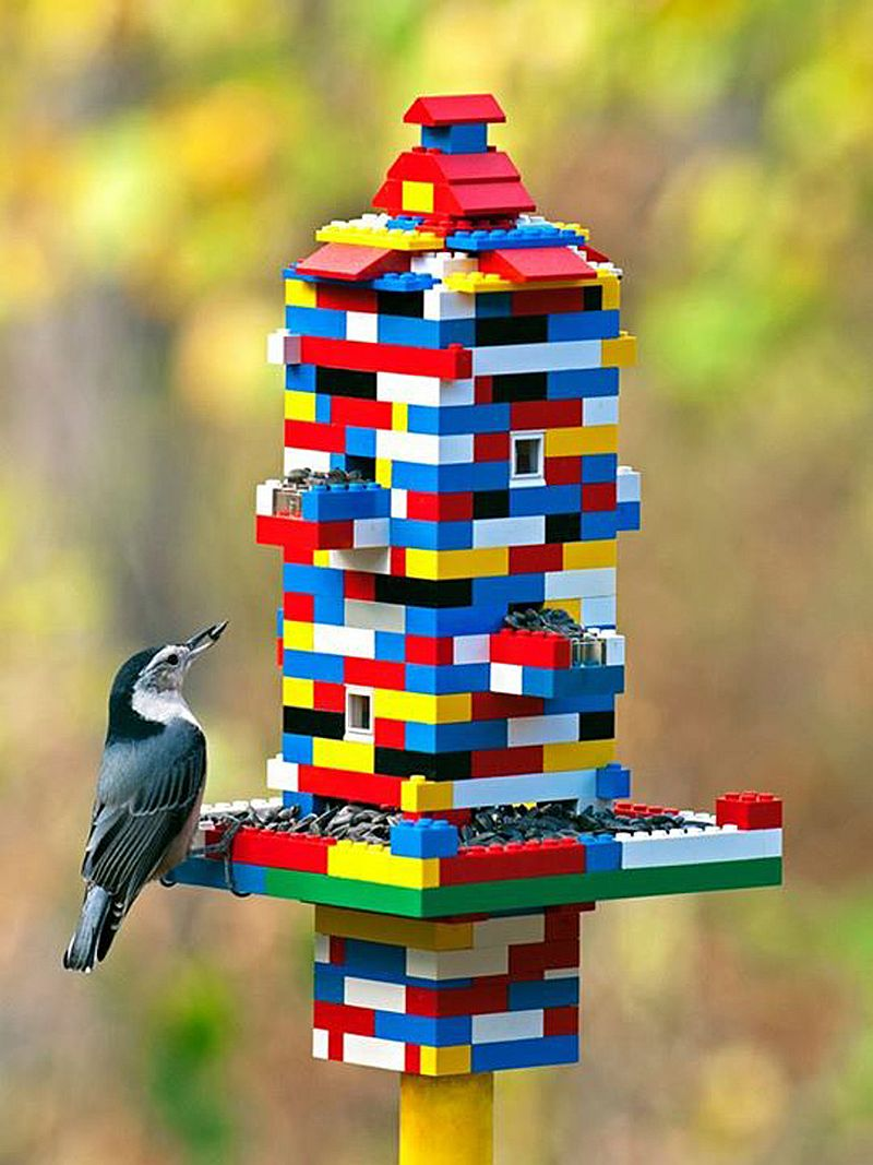 1559675287 3 40 diy bird feeder ideas for a live garden - 40 DIY Bird Feeder Ideas for a Live Garden