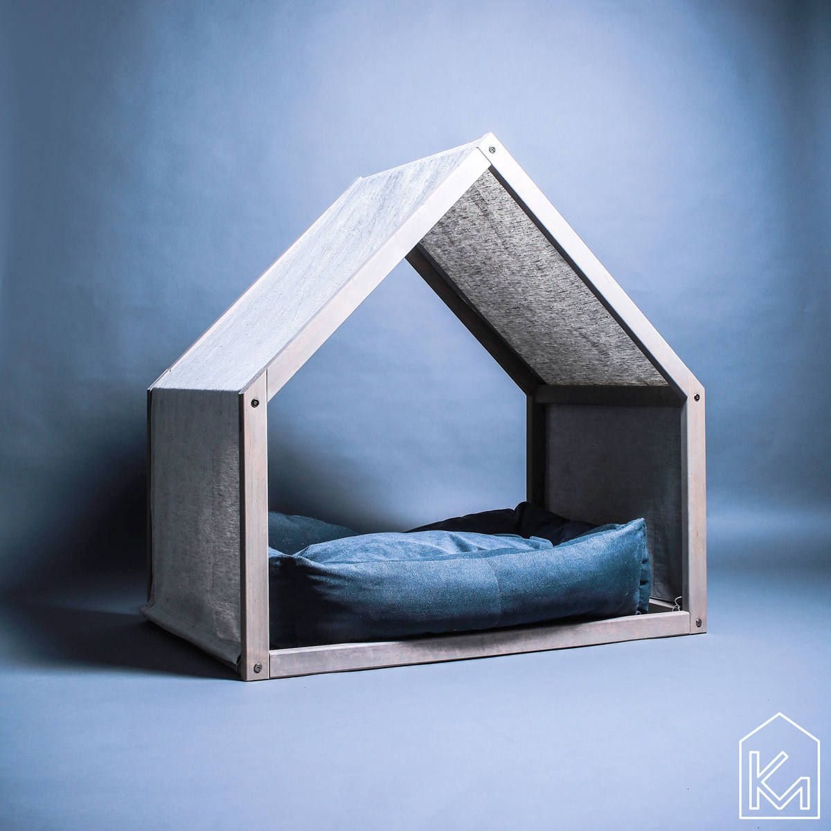 1559810074 547 cool dog houses with modern designs and fancy features - Cool Dog Houses With Modern Designs And Fancy Features