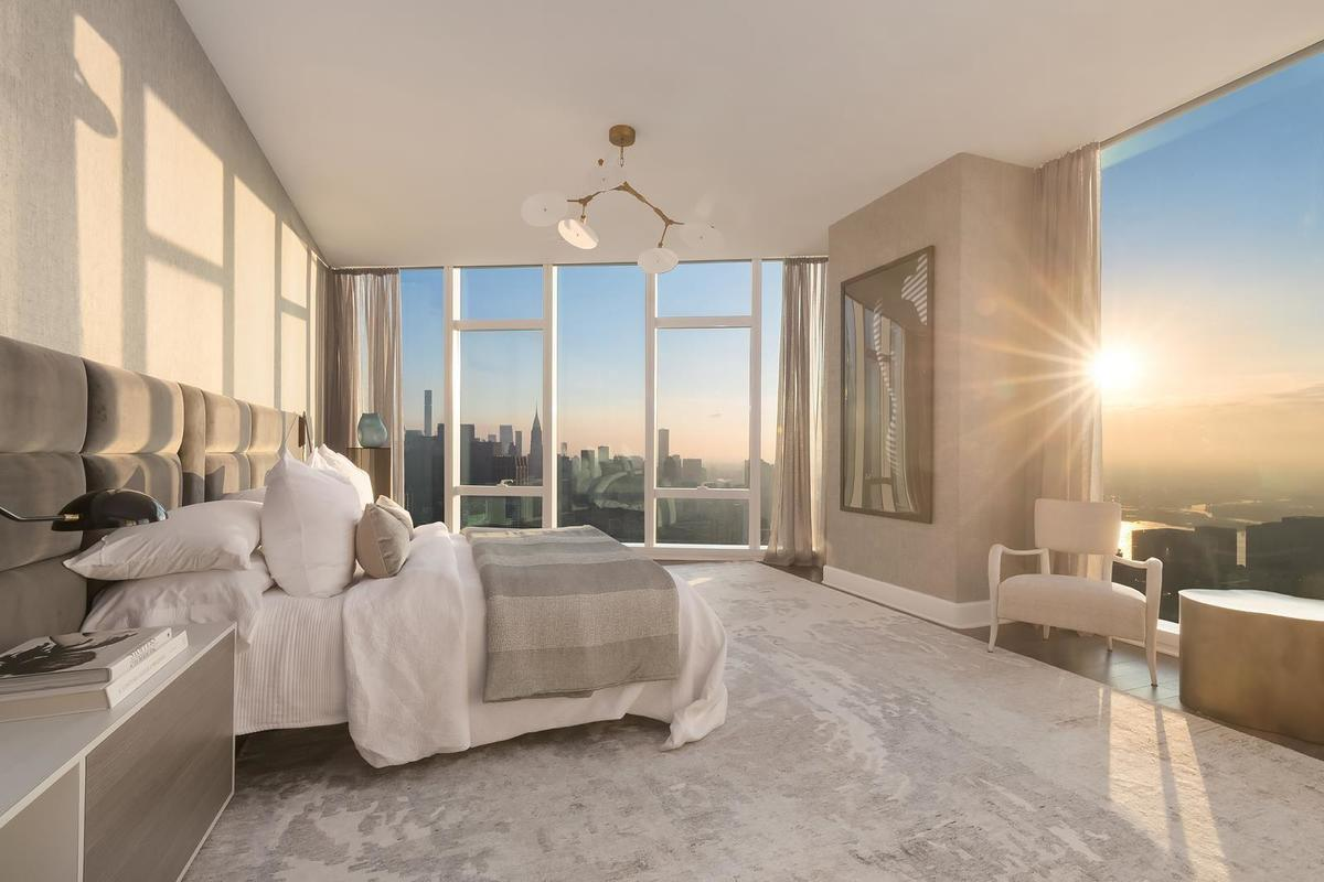 1559887282 148 live in the lap of luxury in these expansive new york apartments - Live in the Lap of Luxury in These Expansive New York Apartments