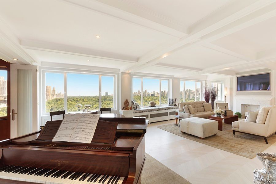 1559887282 538 live in the lap of luxury in these expansive new york apartments - Live in the Lap of Luxury in These Expansive New York Apartments