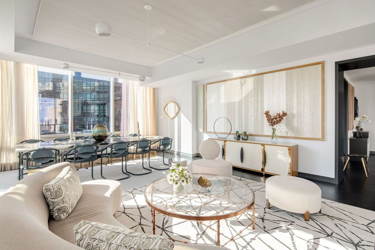 1559887282 838 live in the lap of luxury in these expansive new york apartments - Live in the Lap of Luxury in These Expansive New York Apartments