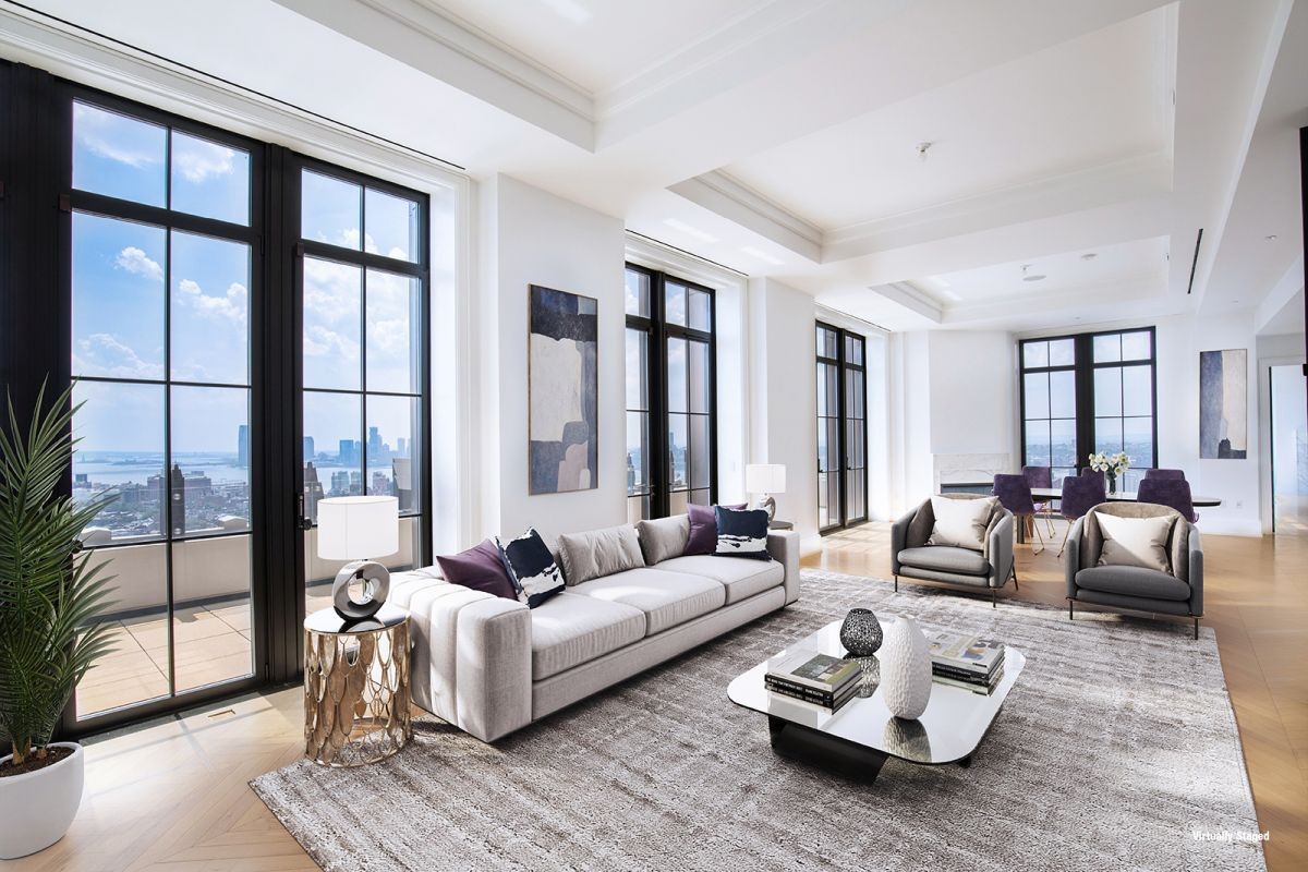 1559887282 951 live in the lap of luxury in these expansive new york apartments - Live in the Lap of Luxury in These Expansive New York Apartments