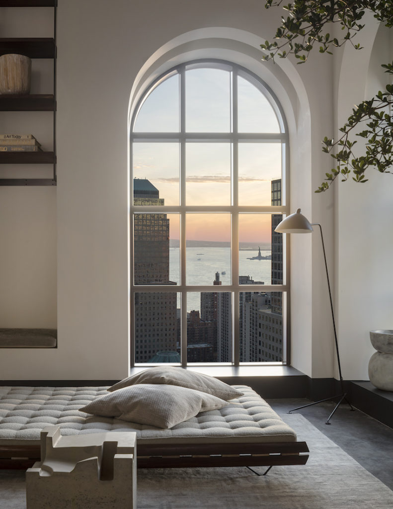 1559887283 119 live in the lap of luxury in these expansive new york apartments - Live in the Lap of Luxury in These Expansive New York Apartments