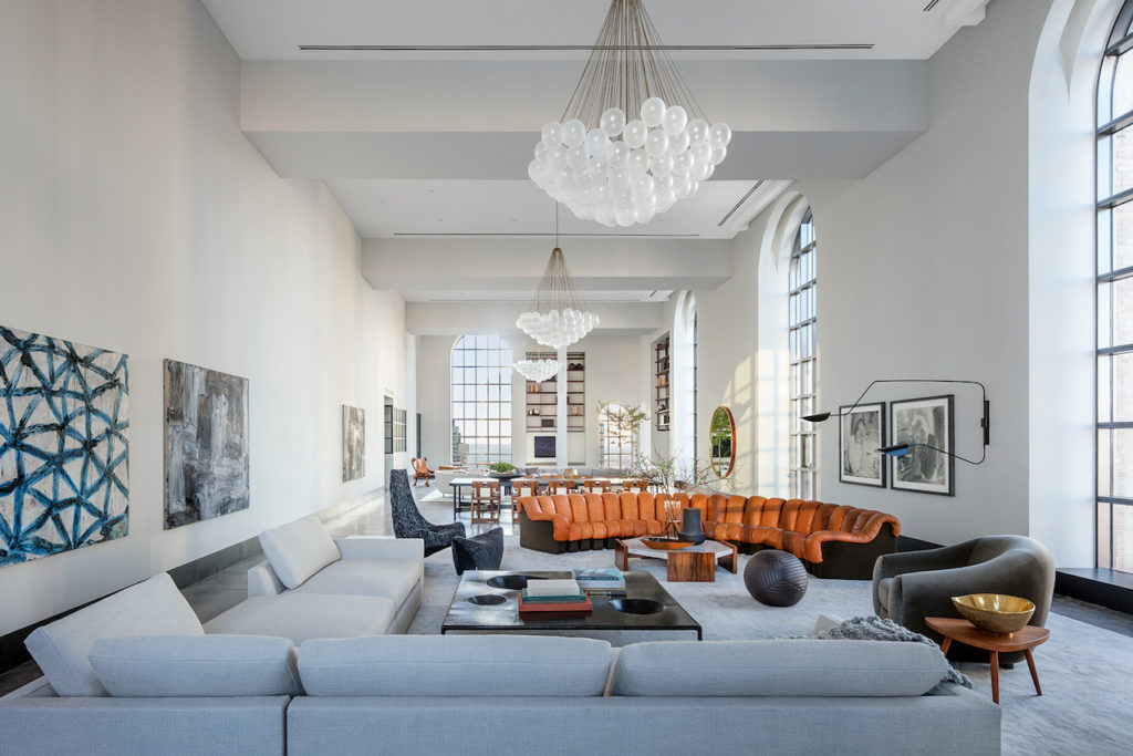1559887283 457 live in the lap of luxury in these expansive new york apartments - Live in the Lap of Luxury in These Expansive New York Apartments