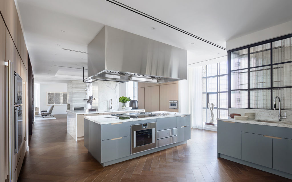 1559887283 779 live in the lap of luxury in these expansive new york apartments - Live in the Lap of Luxury in These Expansive New York Apartments