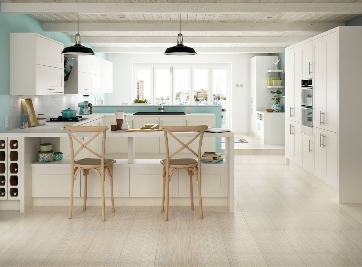 1560150709 374 the most popular kitchen tile flooring options are gorgeous and durable - The Most Popular Kitchen Tile Flooring Options Are Gorgeous and Durable