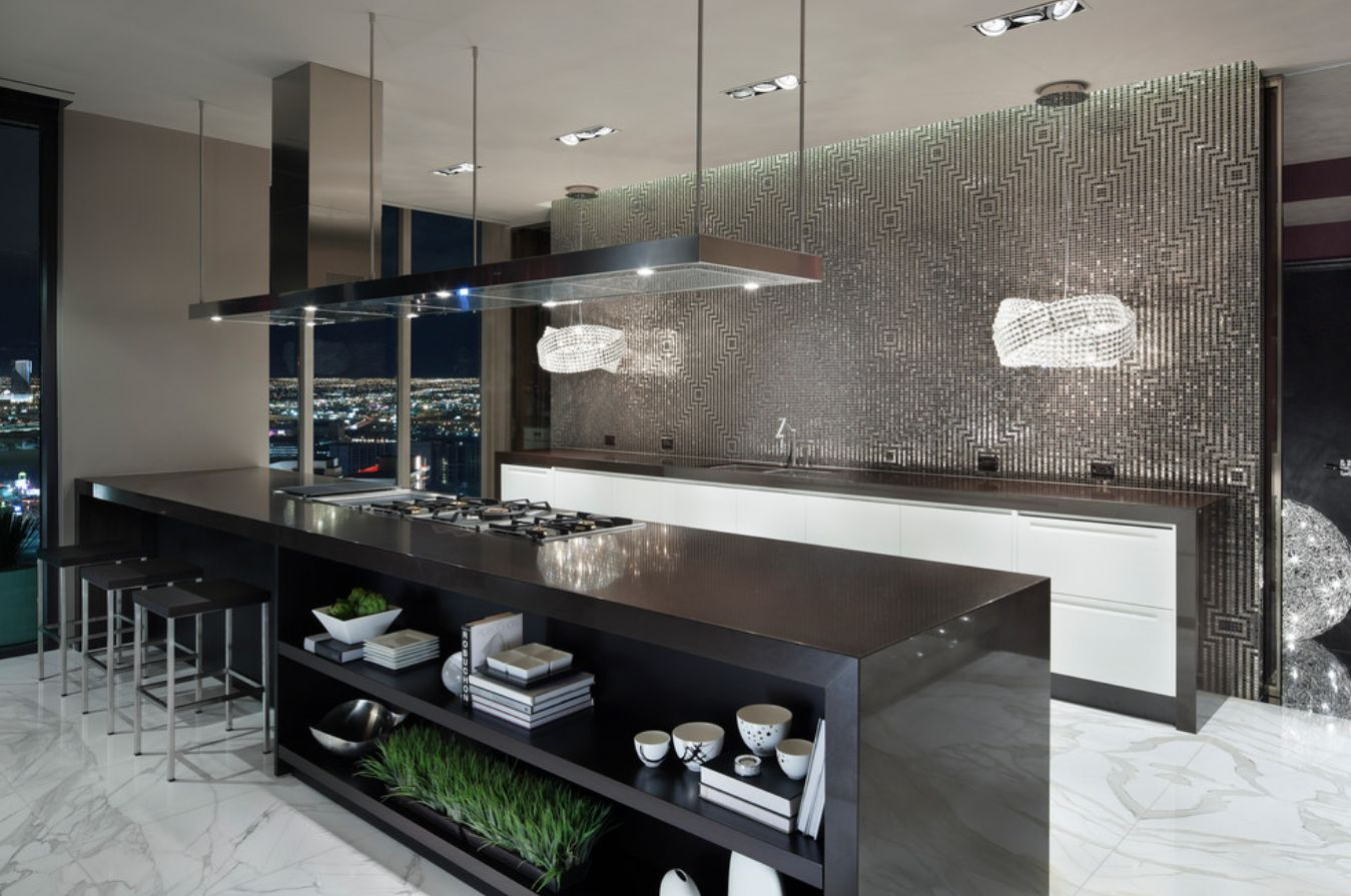 1560150709 506 the most popular kitchen tile flooring options are gorgeous and durable - The Most Popular Kitchen Tile Flooring Options Are Gorgeous and Durable