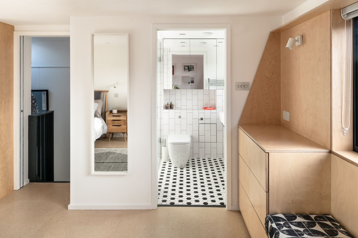 1560220597 463 mid century london house gets transformed into a modern and vibrant apartment - Mid-Century London House Gets Transformed Into A Modern And Vibrant Apartment