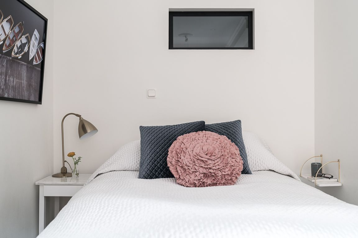 1560234219 501 try a minimalist bedroom design for less stress and a good nights sleep - Try a Minimalist Bedroom Design for Less Stress and a Good Night's Sleep