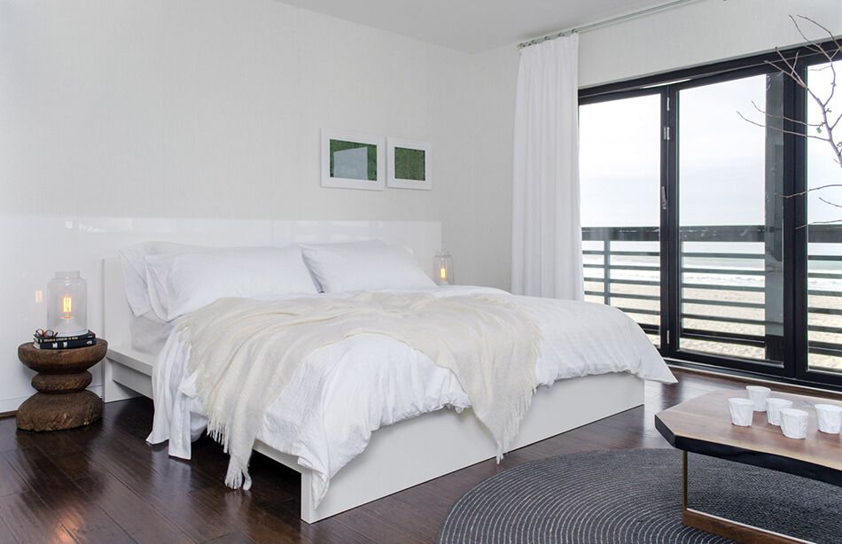 1560234220 861 try a minimalist bedroom design for less stress and a good nights sleep - Try a Minimalist Bedroom Design for Less Stress and a Good Night's Sleep
