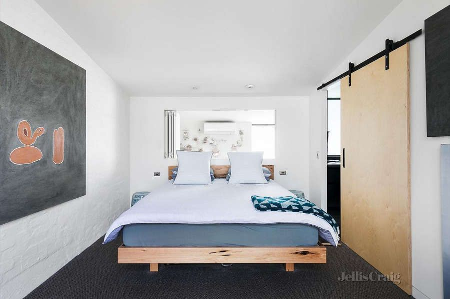 1560234223 201 try a minimalist bedroom design for less stress and a good nights sleep - Try a Minimalist Bedroom Design for Less Stress and a Good Night's Sleep