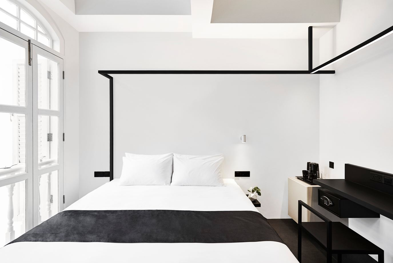 1560234223 218 try a minimalist bedroom design for less stress and a good nights sleep - Try a Minimalist Bedroom Design for Less Stress and a Good Night's Sleep