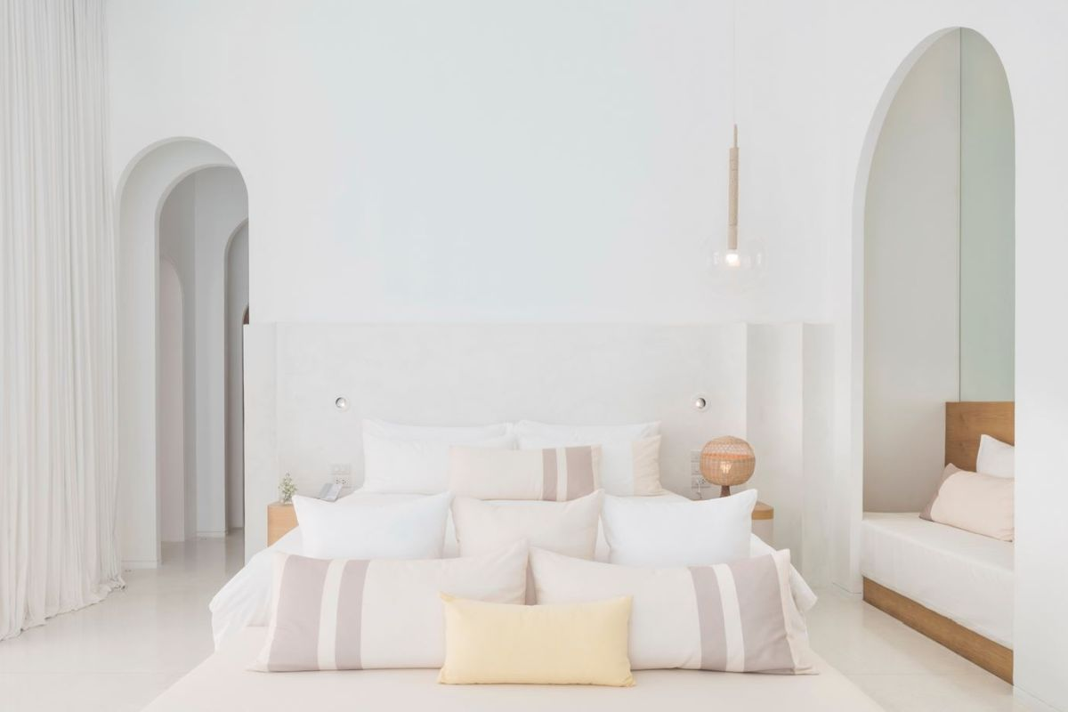 1560234223 308 try a minimalist bedroom design for less stress and a good nights sleep - Try a Minimalist Bedroom Design for Less Stress and a Good Night's Sleep
