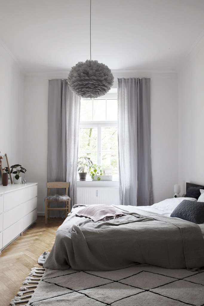 1560234223 431 try a minimalist bedroom design for less stress and a good nights sleep - Try a Minimalist Bedroom Design for Less Stress and a Good Night's Sleep